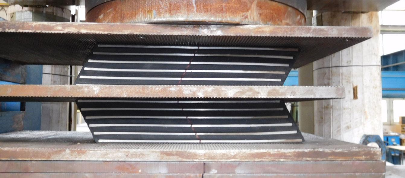 test-taglio-appoggi-elastomerici-DLBC-E